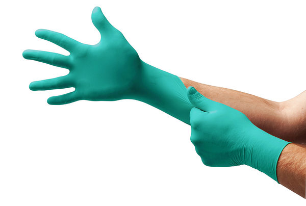Sturdy disposable nitrile glove